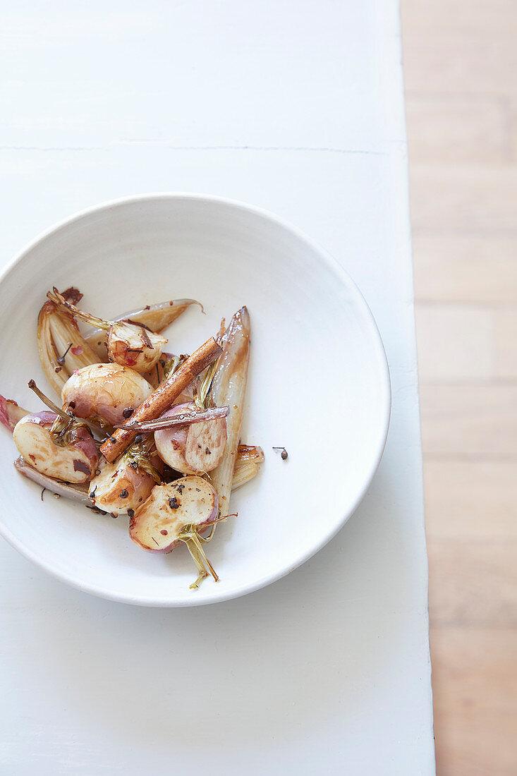 Caramelised turnips with cinnamon