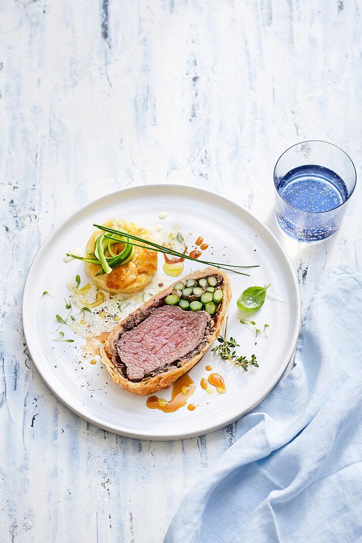 Spargel-Kartoffel-Gratin mit Beef Wellington