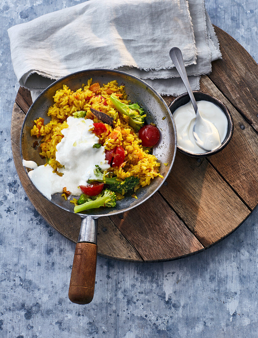 One pot spiced rice with vegetables and yoghurt