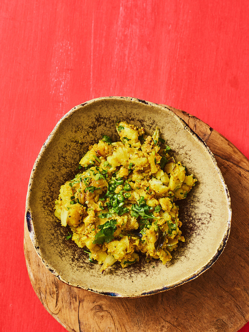 Fried Indian potatoes for dosa