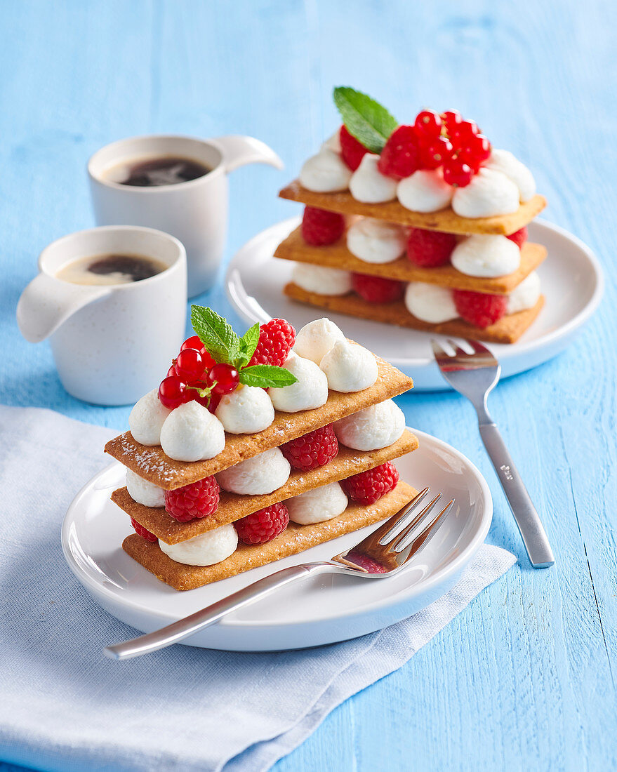 Millefeuille with raspberries