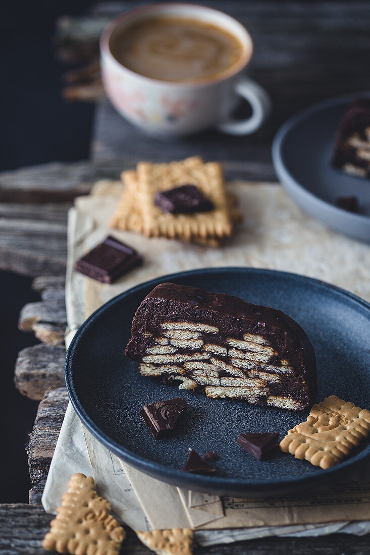 No bake chocolate and biscuits log cake
