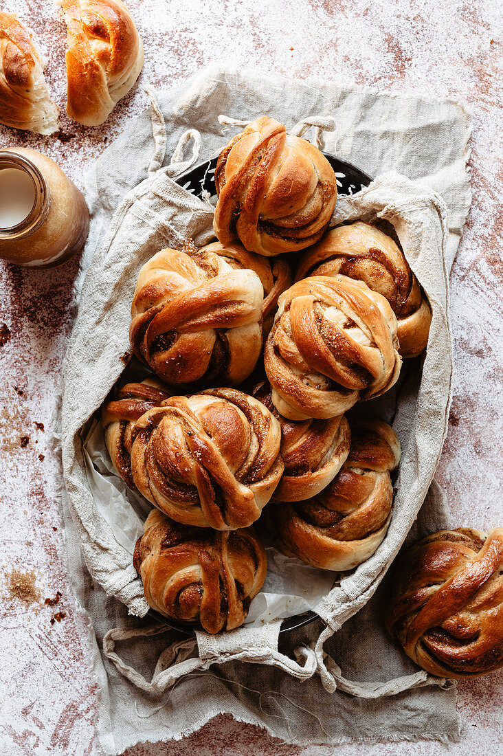 Cinnamon buns in a basket
