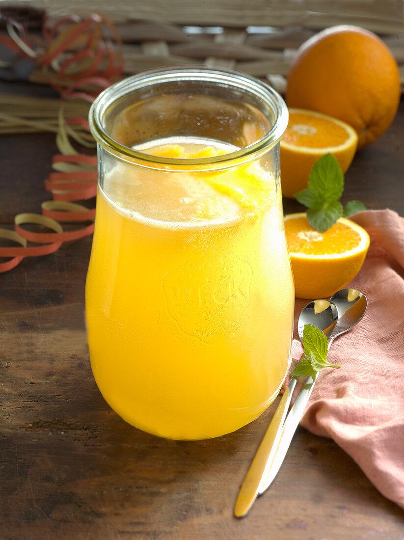 Orangen-Ananas-Bowle