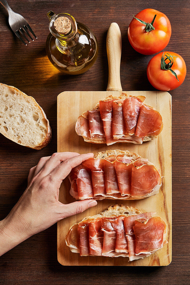 Pieces of bread with ham