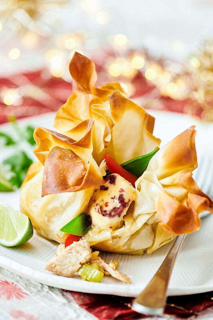 Thai filled filo dumplings (for Christmas)