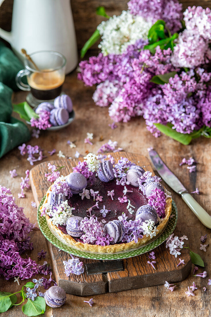 Blueberry curd pie with macarons