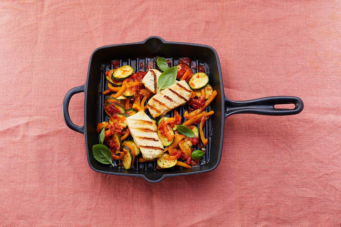 Vegetable pan with halloumi