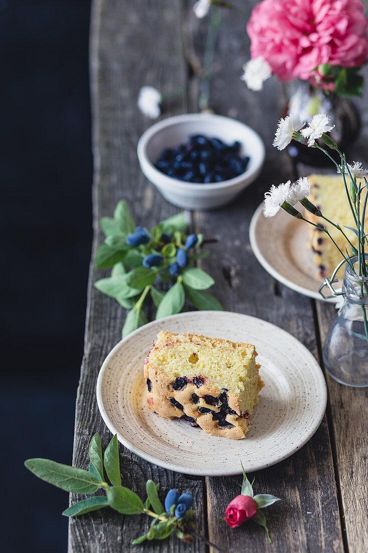 Blueberry vanilla cake