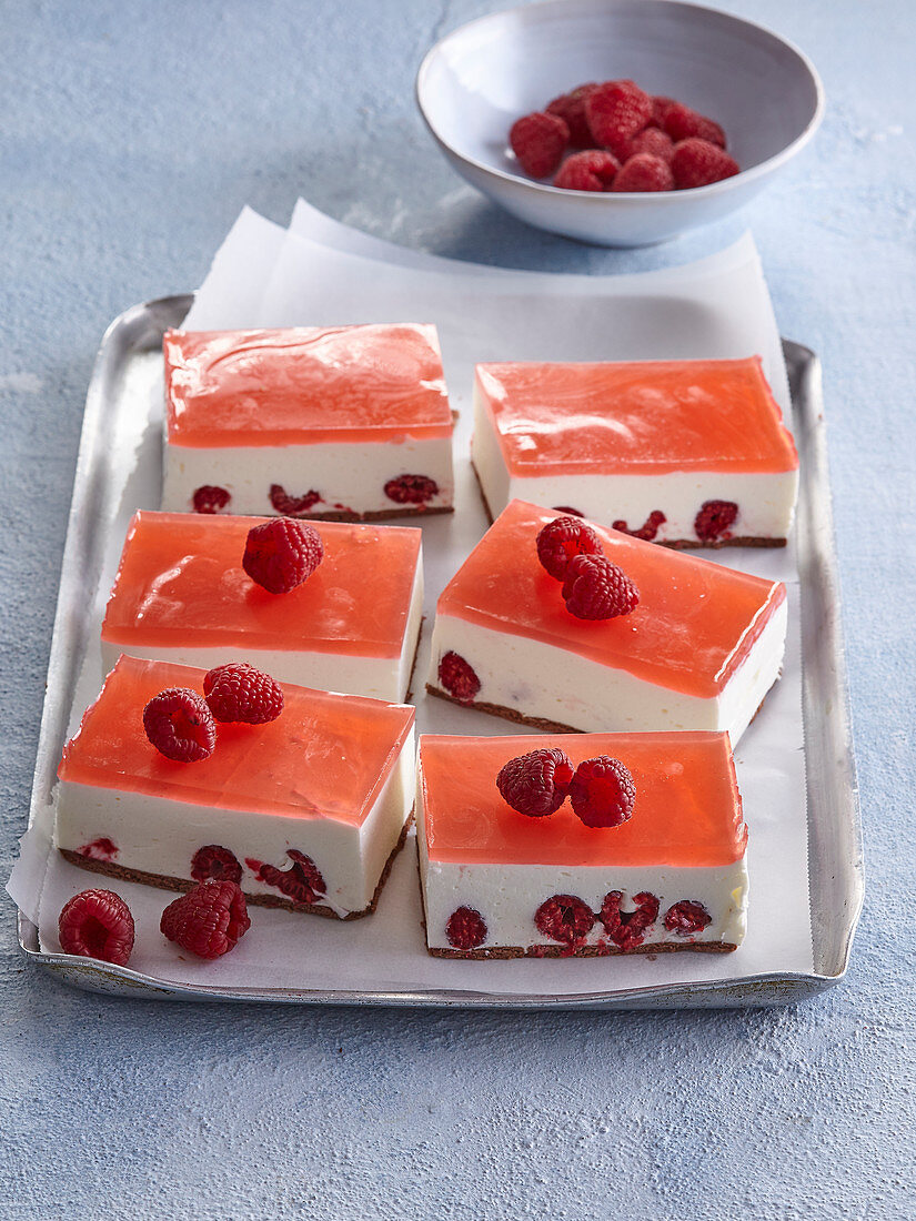 Non-baked fruit cuts
