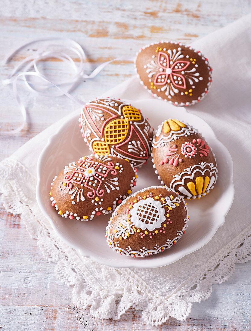 Pumpernickel (gingerbread) Easter eggs