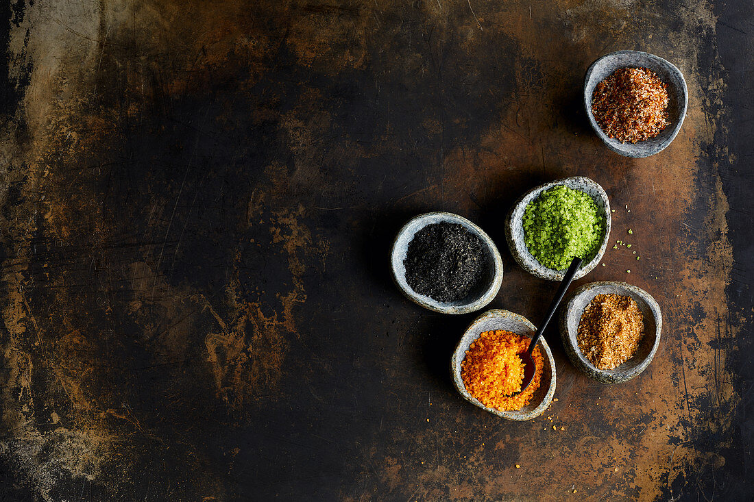 Variations of barbecue salts