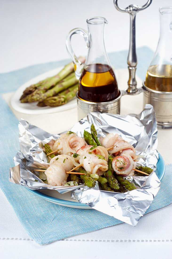 Stuffed Fillet of Sole with Asparagus