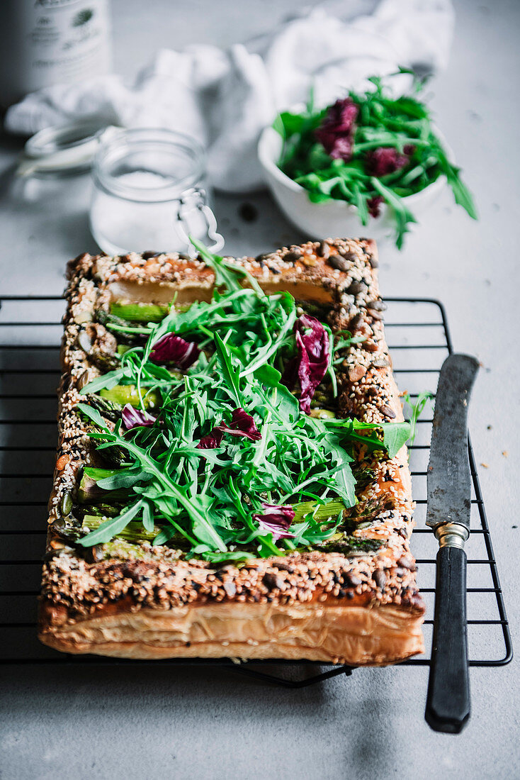 Asparagus tart with greens