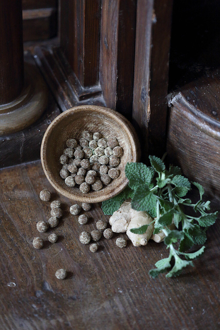 Horehound pills (for coughs and sore throats)