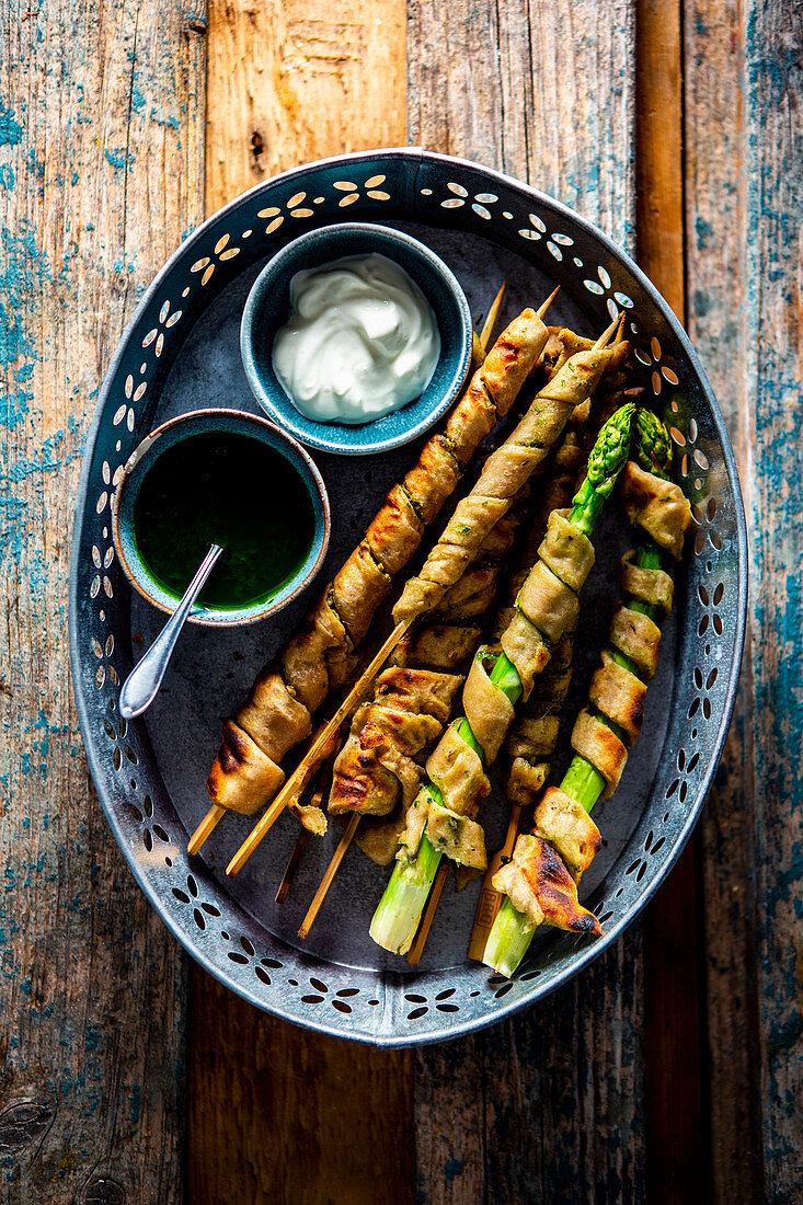 Sourdough wrapped asparagus with pesto