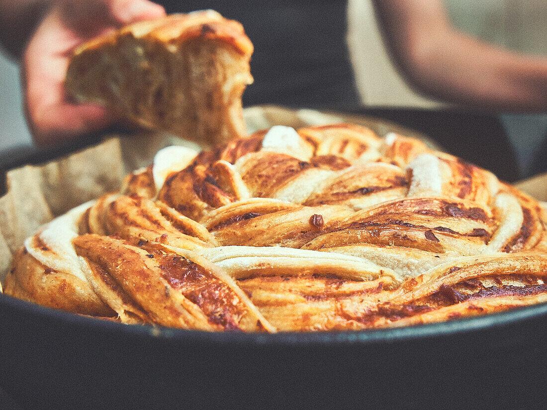 Pizza Babka (braided yeast bread, savory)