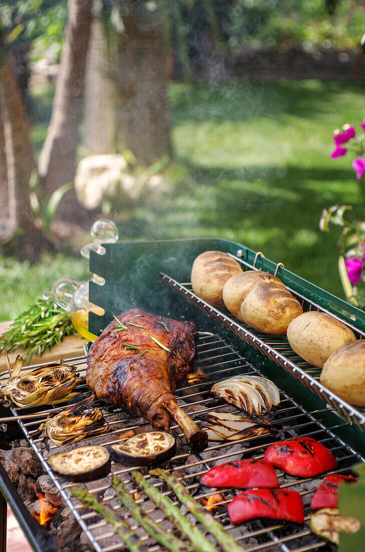 Lamb and vegetables on the grill