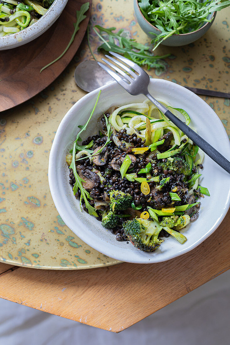 Zoodles with puy lentils
