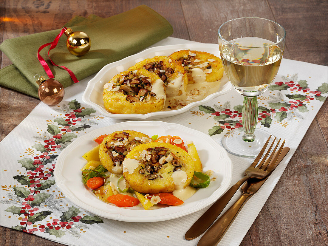 Potato roulade filled with mushrooms