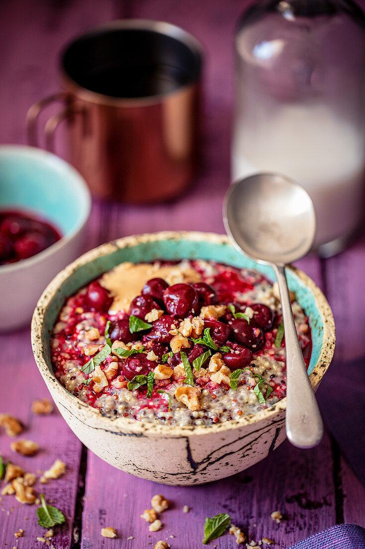 Quinoa porridge with peanut butter