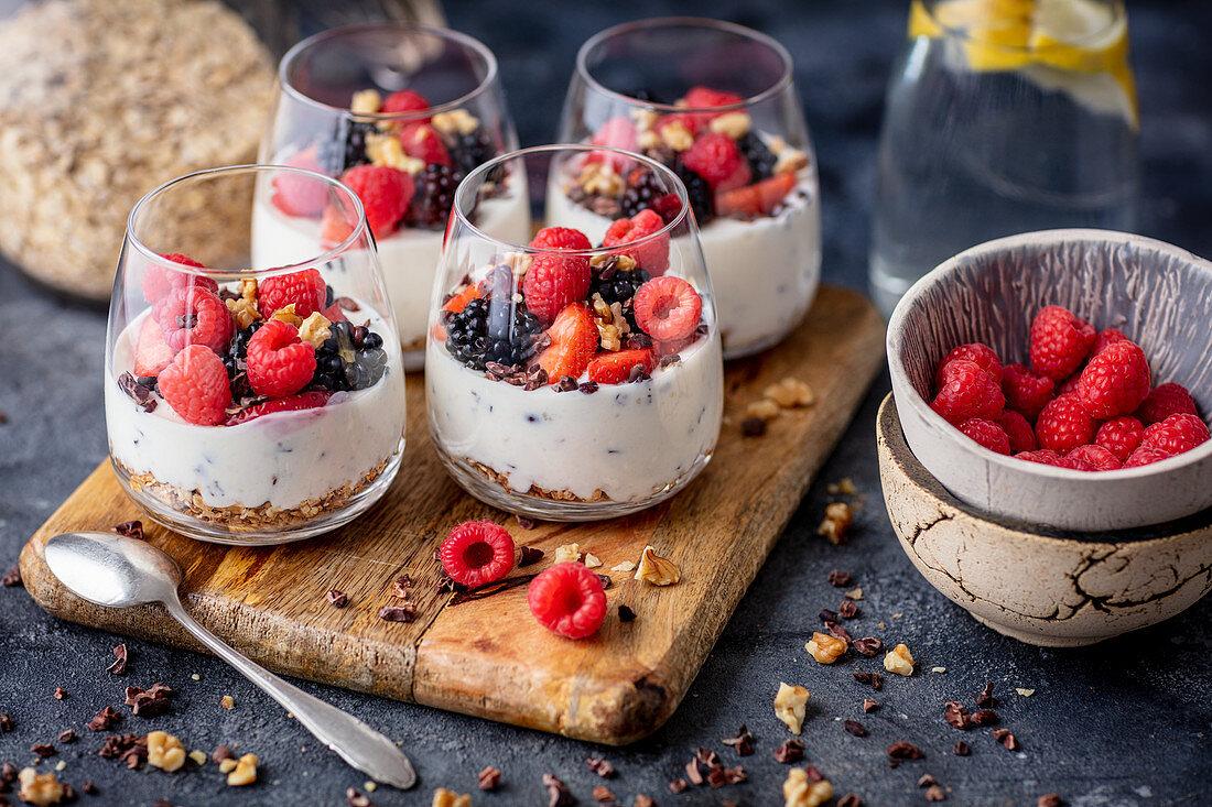 Straciatella dessert with berries