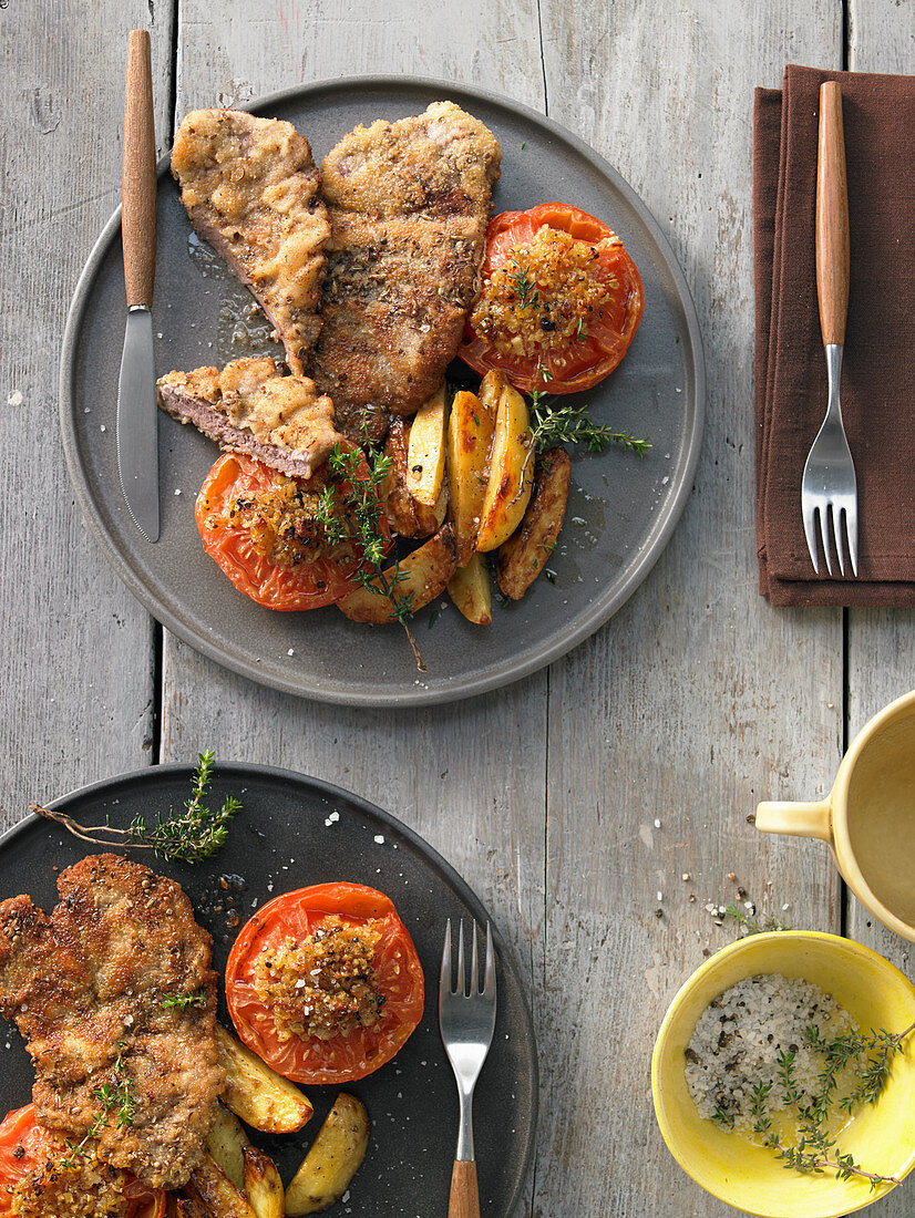Braised ginger tomatoes with lamb leg escalopes with a spiced crust
