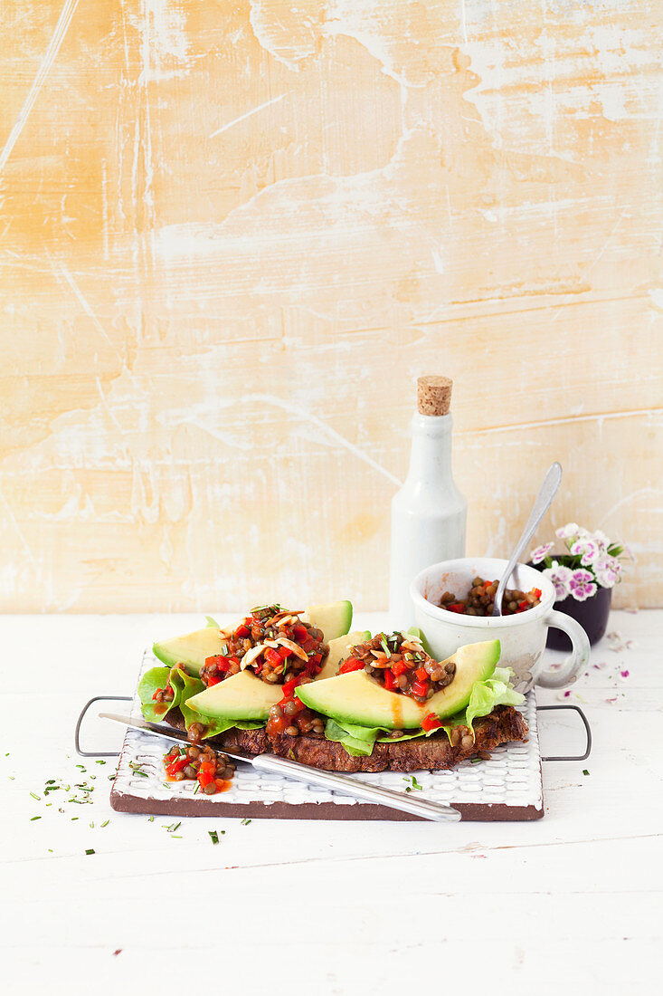 Lentil avocado sandwiches