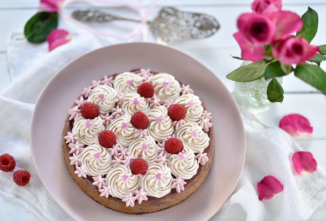 Vegan raspberry cheesecake with a chocolate shortcrust base