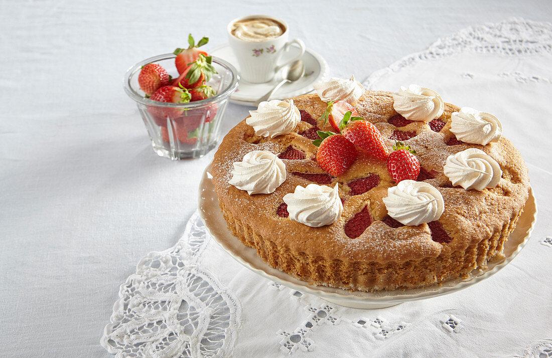 Strawberry pie with meringue