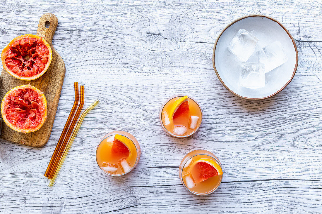 Grapefruit and vodka cocktail
