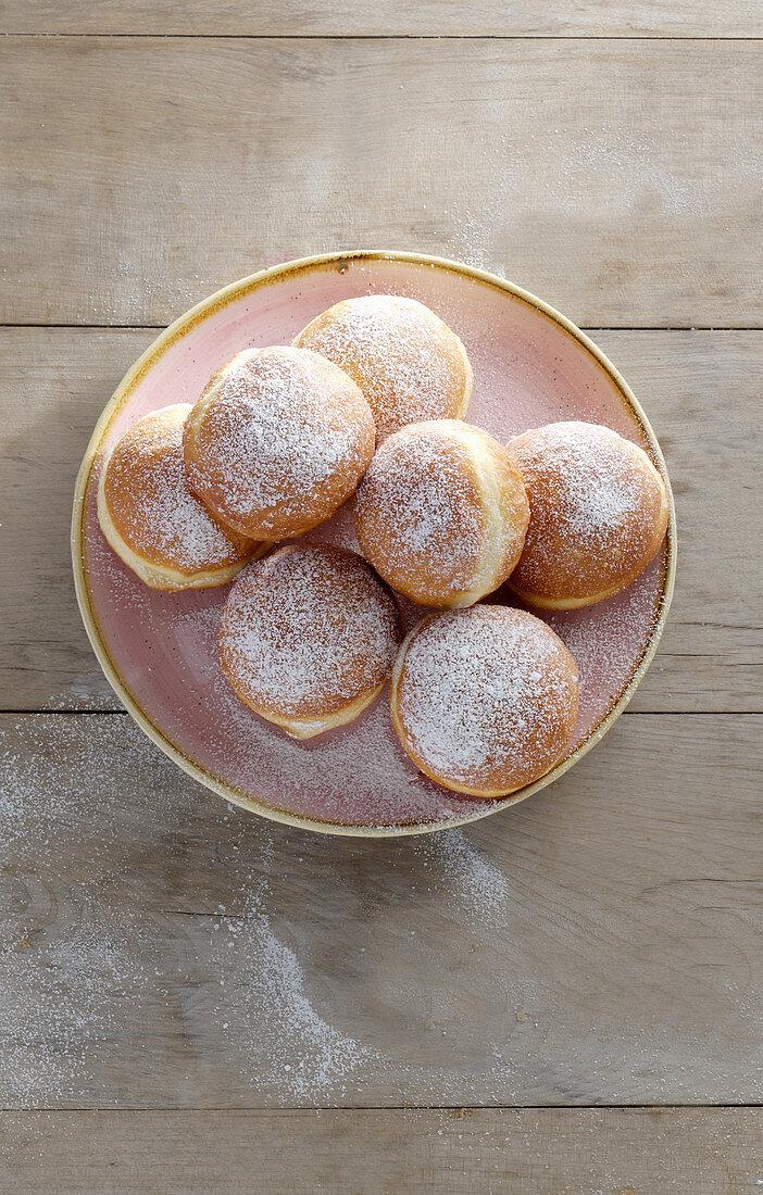 A plate of doughnuts