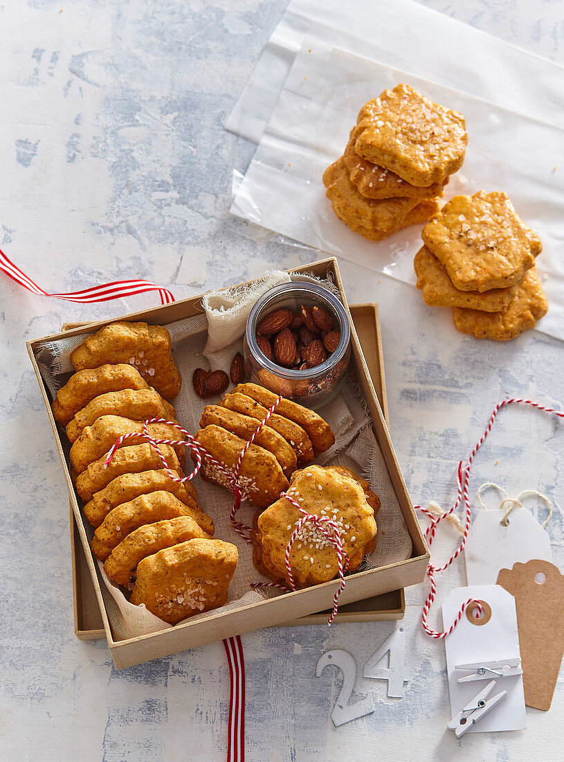 Salty pastries - biscuits
