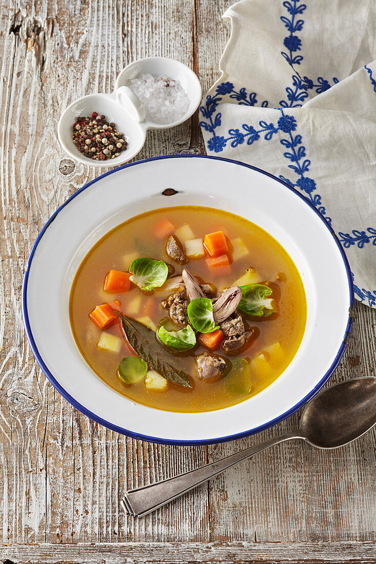 Rabbit soup with vegetable