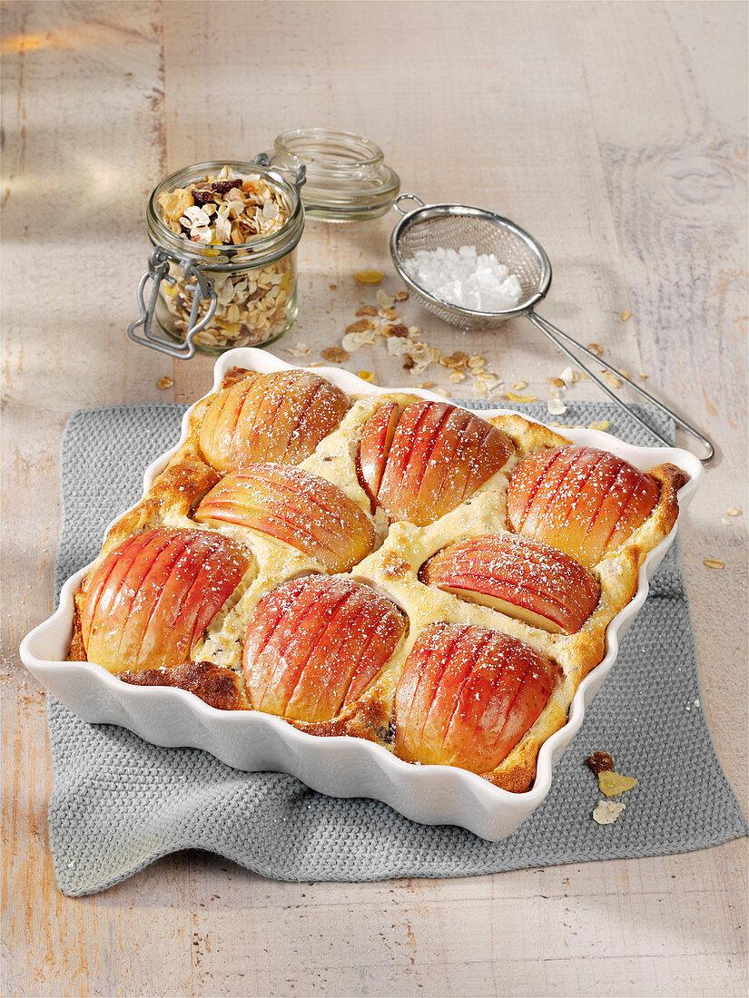 Beeriger Apfel-Müsli-Auflauf