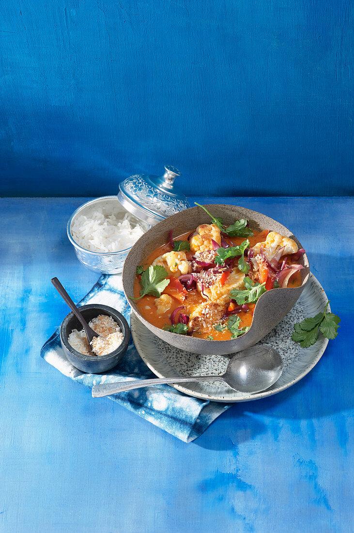 Vegan red cauliflower curry (Thailand)