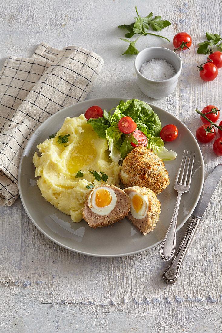 Scotch eggs (Boiled eggs in mincemeat)