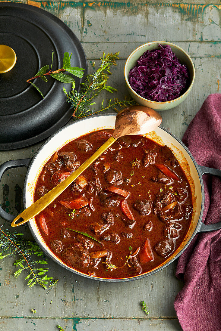 Venison stew with red cabbage