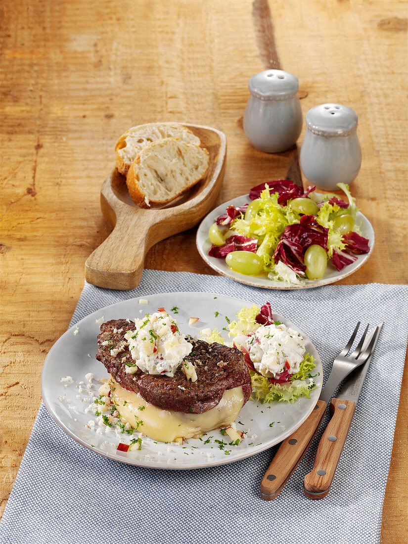 Raclette with fillet and apple horseradish