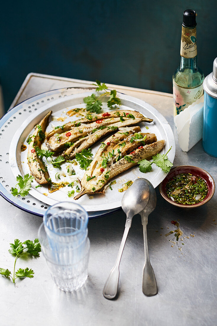 Ca Tim Nuong Mo Hanh (grilled aubergine with chilli, garlic and coriander, Vietnam)