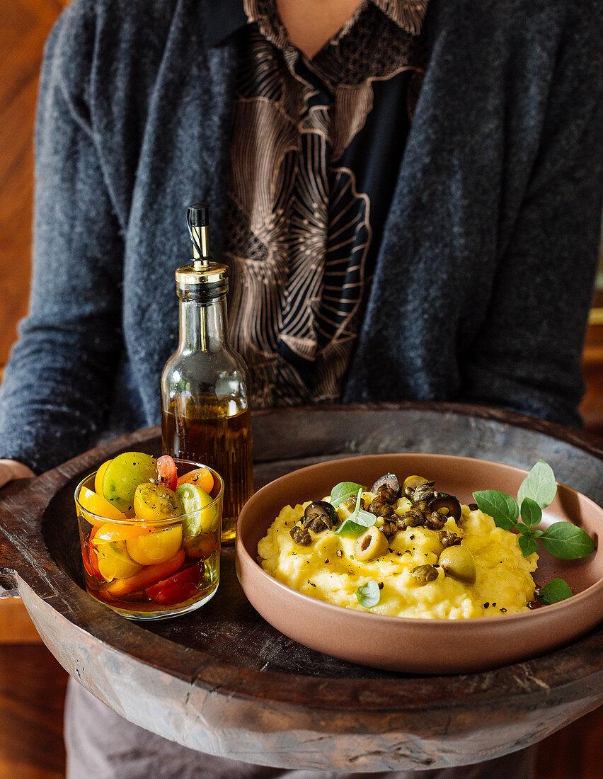 Mediterranes Kartoffelpüree mit frittierten Kapern
