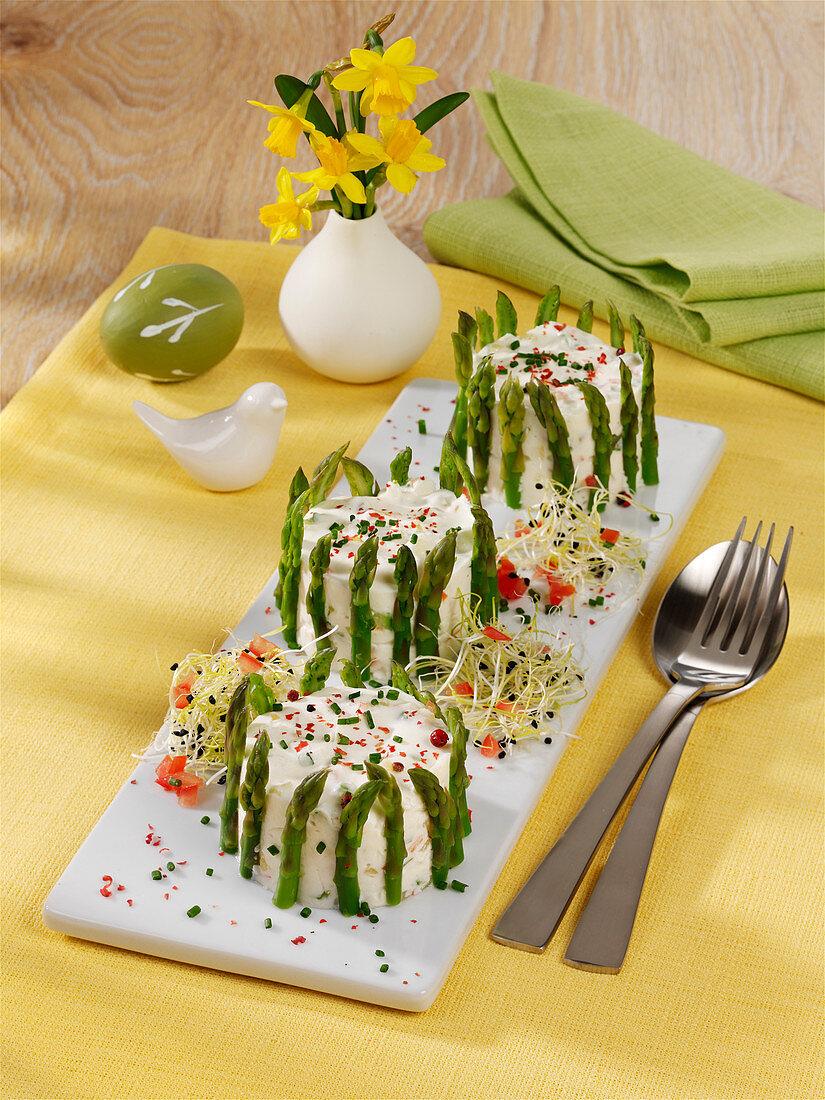 Goat cream cheese terrine with green asparagus