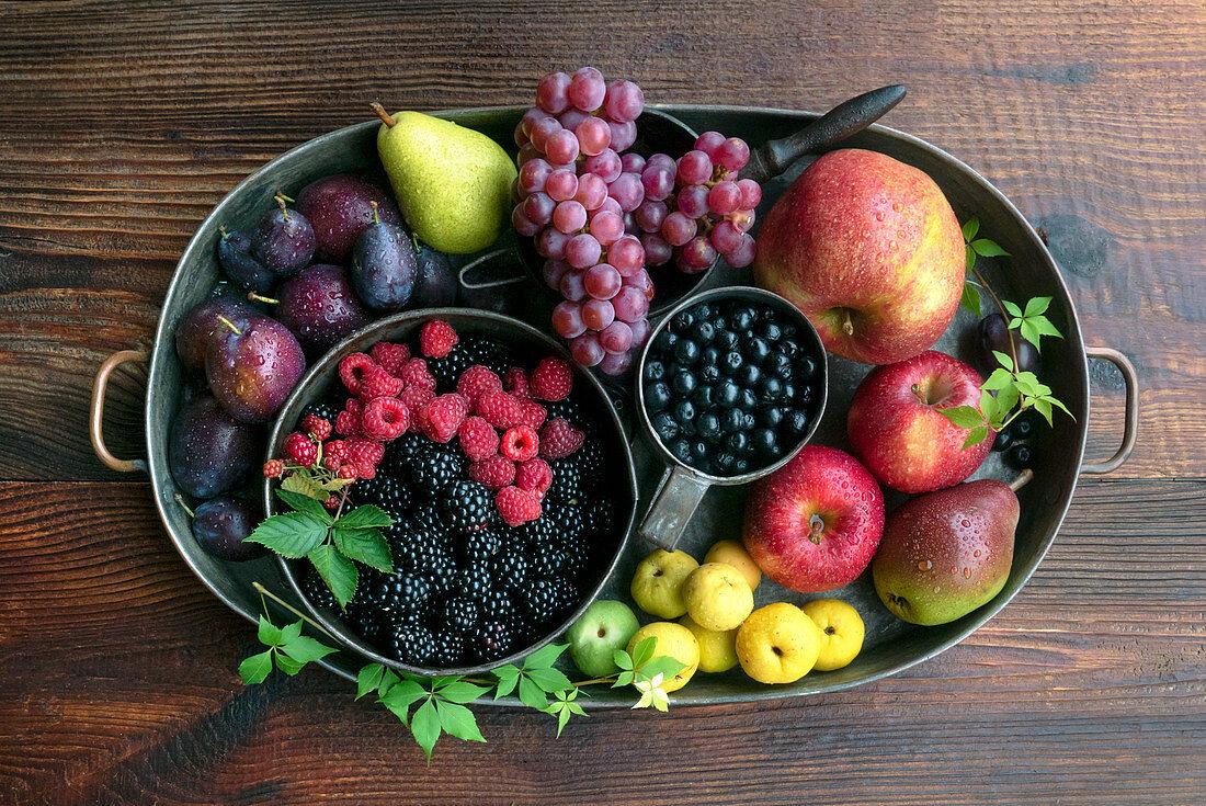 Autumn fruit gifts