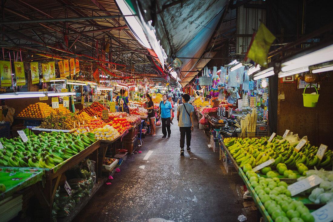 Khlong Toei Market in Bangkok (Thailand)
