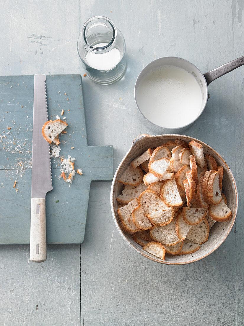 Cut rolls for bread dumplings