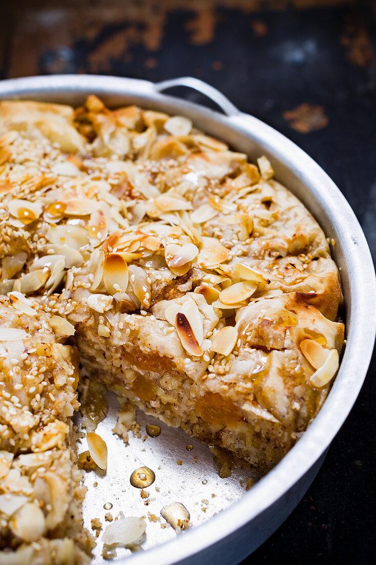 Apple and apricot strudel cake (vegan)