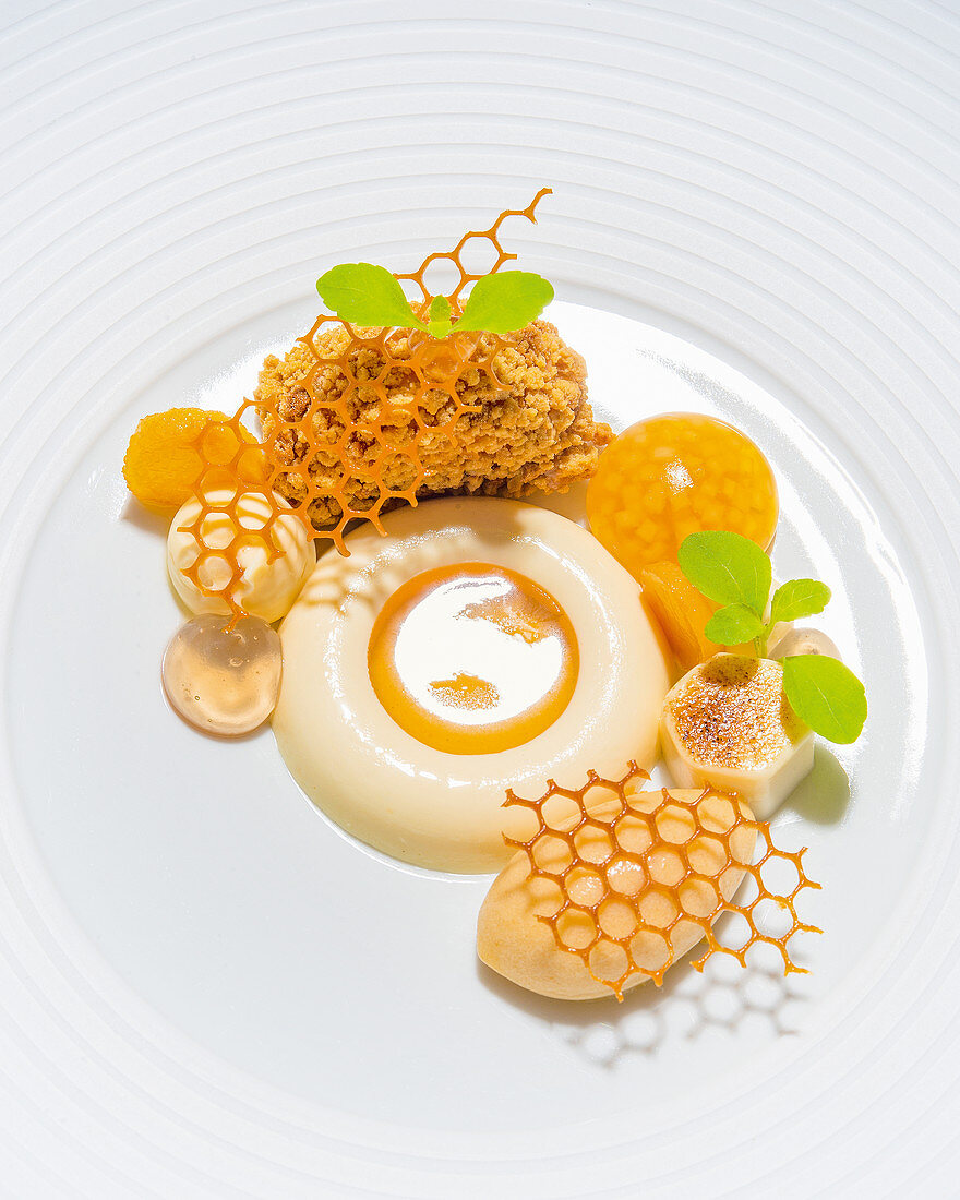 Quince with May flower honey and honey caramel parfait