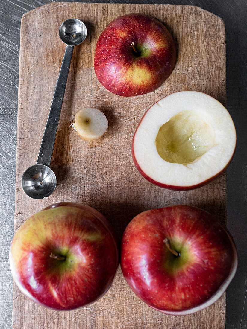 Apples, halved and deseeded