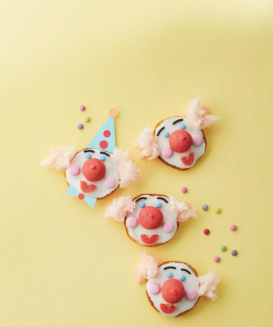 Clown Amerikaner (soft, sponge cake-like shortbread)