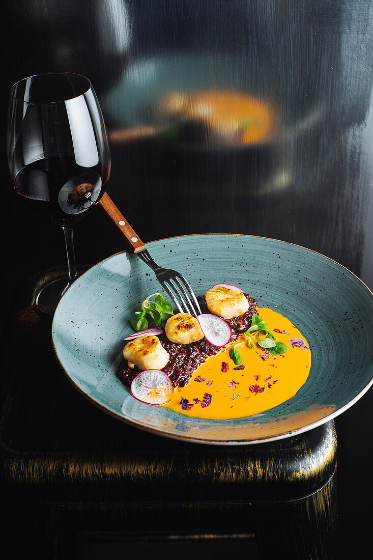 Appetizing haute cuisine delicacy